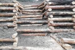 Scala_palificata_doppia_legno_castagno